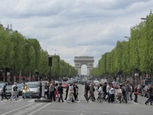 Champs-Elysées e Arco do Triunfo