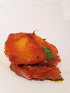 Curry de um restaurante de comida indiana