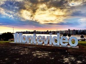 Pôr do sol nas praias urbanas de Montevideo (Uruguay)