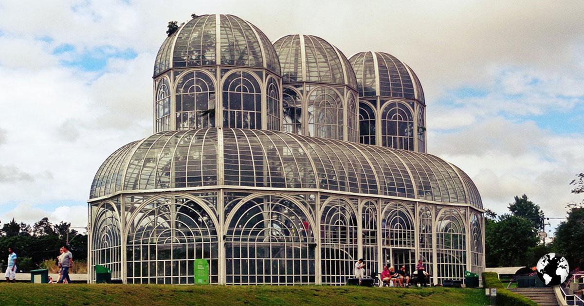 Curitiba é a capital mais fria do Brasil.
