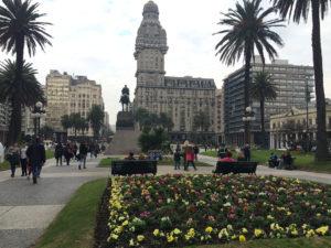 Plaza Independência.