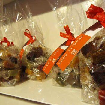 Caramelos com chocolate