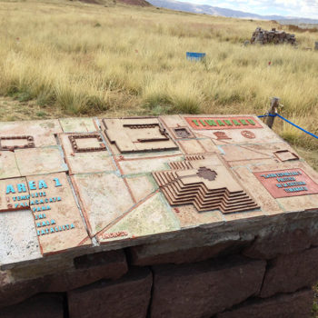 Tiwanacu: Maquete mostrando como provavelmente era