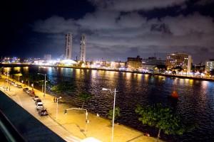Recife à noite